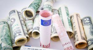 Cambio Euro-Dollaro sui massimi dal dicembre 2014, Bce e Germania i driver