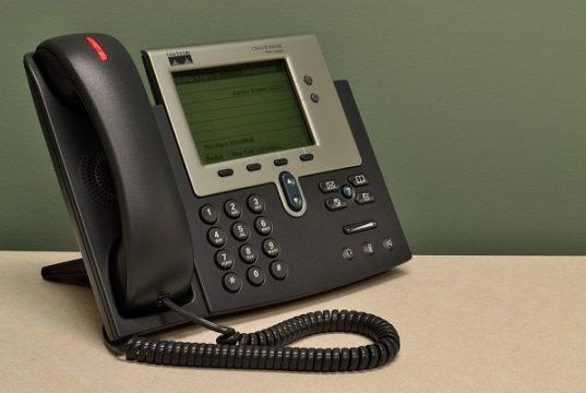 Offerte telefonia fissa e convergenti, fatturazione a 28 giorni dura a morire