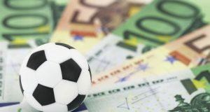 Finanza e calciomercato le squadre italiane fanno cassa